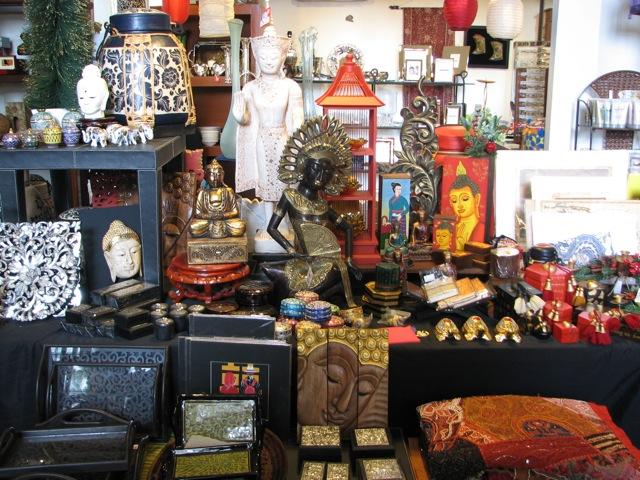 Friday finds chic mart kemang jakarta chuzai living for Home decor jakarta