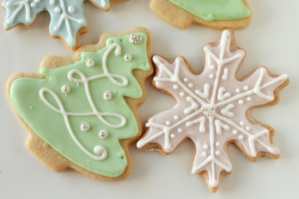 Holiday Icing Cookies TH Bakes