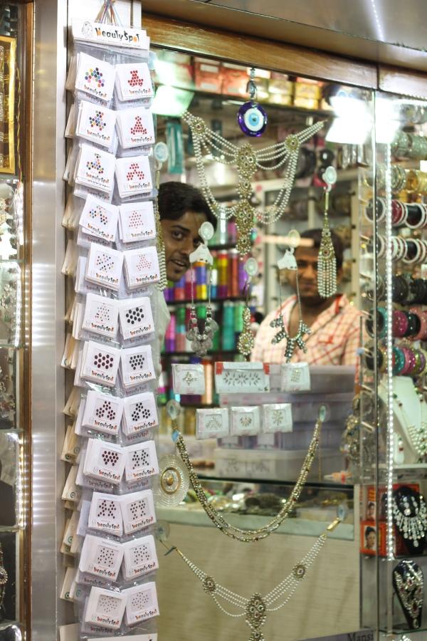 Santacruz Sari Shopping-2