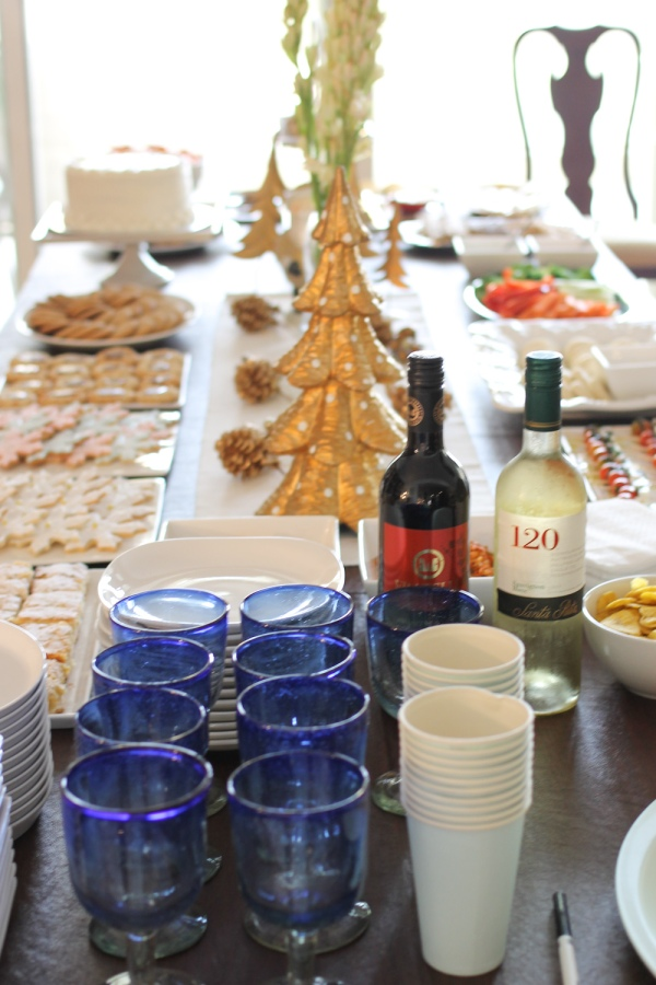TH Bakes & Holiday Party-27