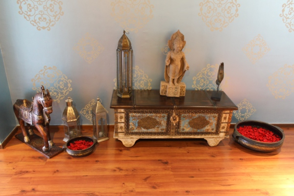 Tiffany Blue & Indian Design entryway